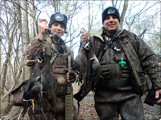 WeHuntSC.com - Daryl & Blake Hodge of Wrecking Crew Guide Service
